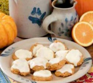 pumpkin-spice-cookie