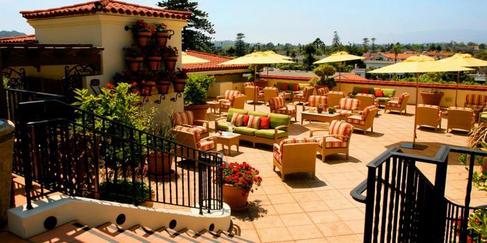 canary-hotel