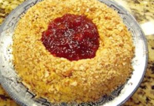 strawberry-cheese-ring-appetizer