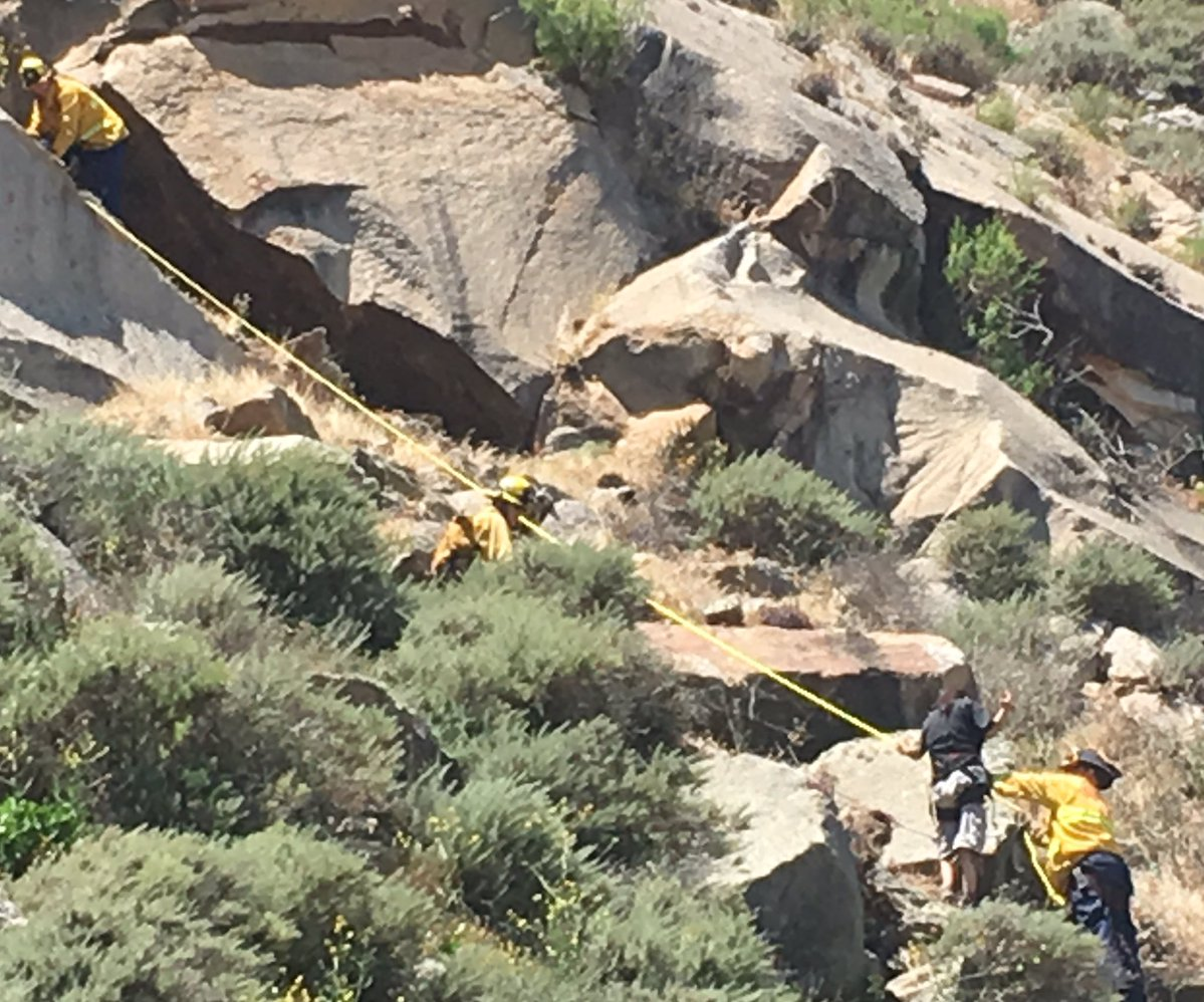 Bakersfield woman rescued from Morro Rock